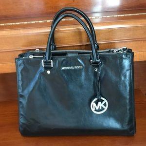 Michael Kors Black purse